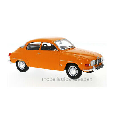 Saab 96 V4 1970 Orange 1:24 Model WB124031 WHITEBOX