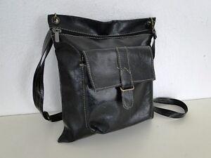 Elegante-Damentasche-Handtasche-Schultertasche-Tasche-Kunstleder-Schwarz