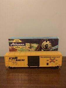 Vintage HO Scale Athearn #5521 50' Rail Box Car (RTR)
