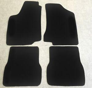 Fußmatten Autoteppiche für VW Passat 35i Lim. Variant 4tlg. Velours schwarz neu