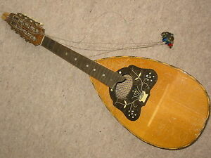 Very-nice-old-MANDOLIN-by-034-Meinel-amp-Herold-Klingenthal-034-needs-repair