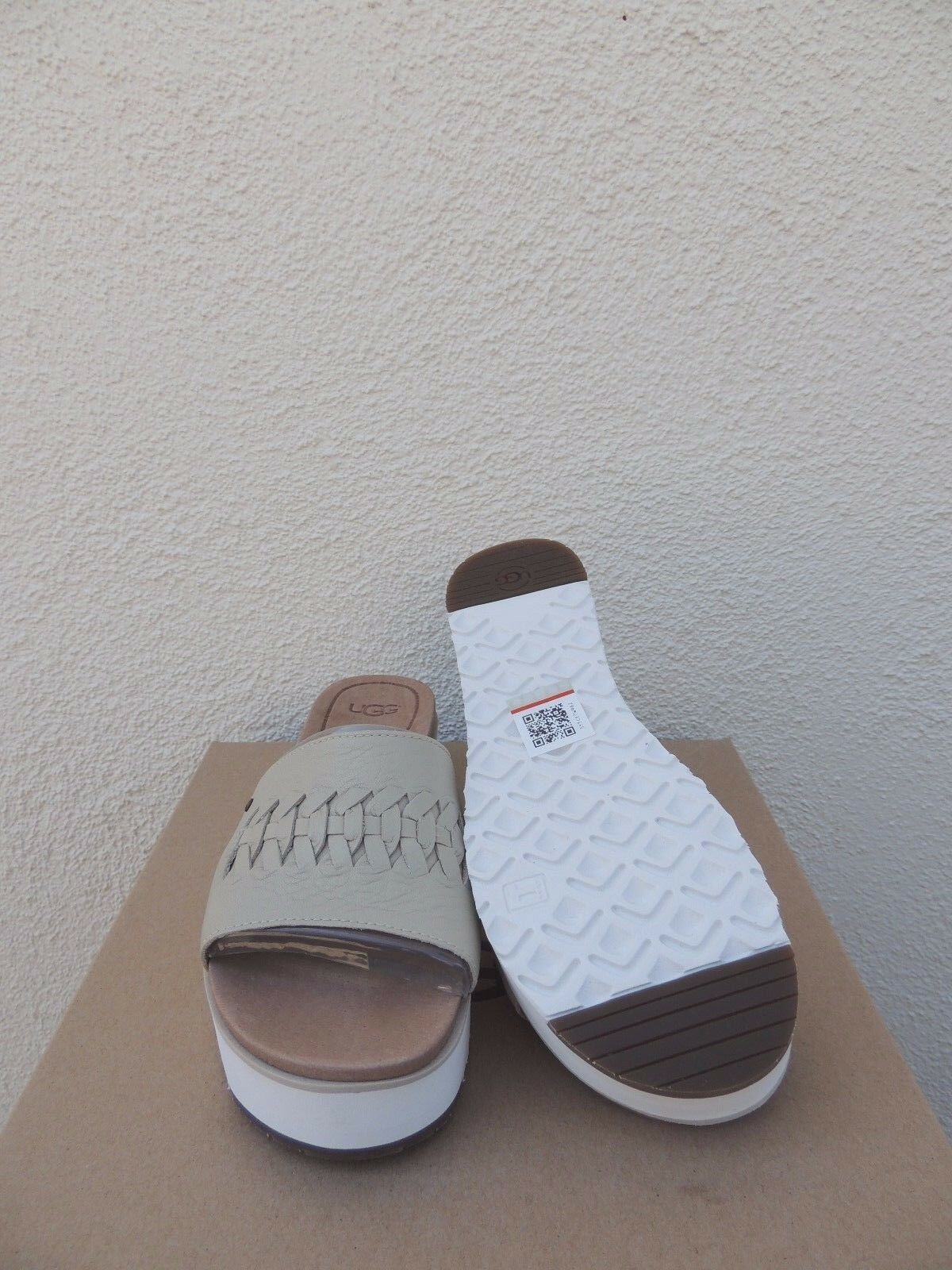 7b9cf84724f UGG Canvas Delaney Leather Platform Wedge Slide Sandals US 6.5  EUR 37.5  for sale online