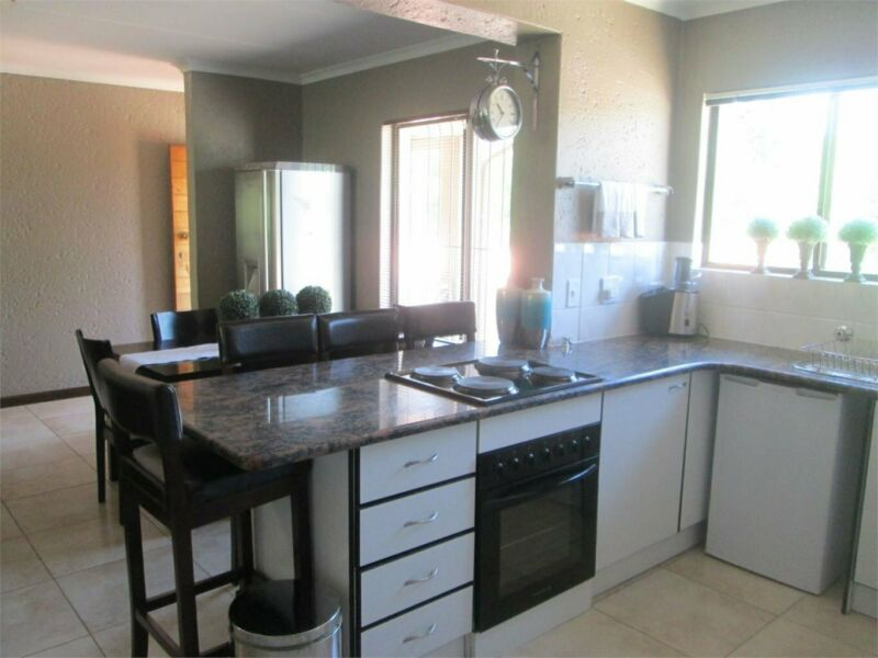 Apartment in BEDFORDVIEW now available