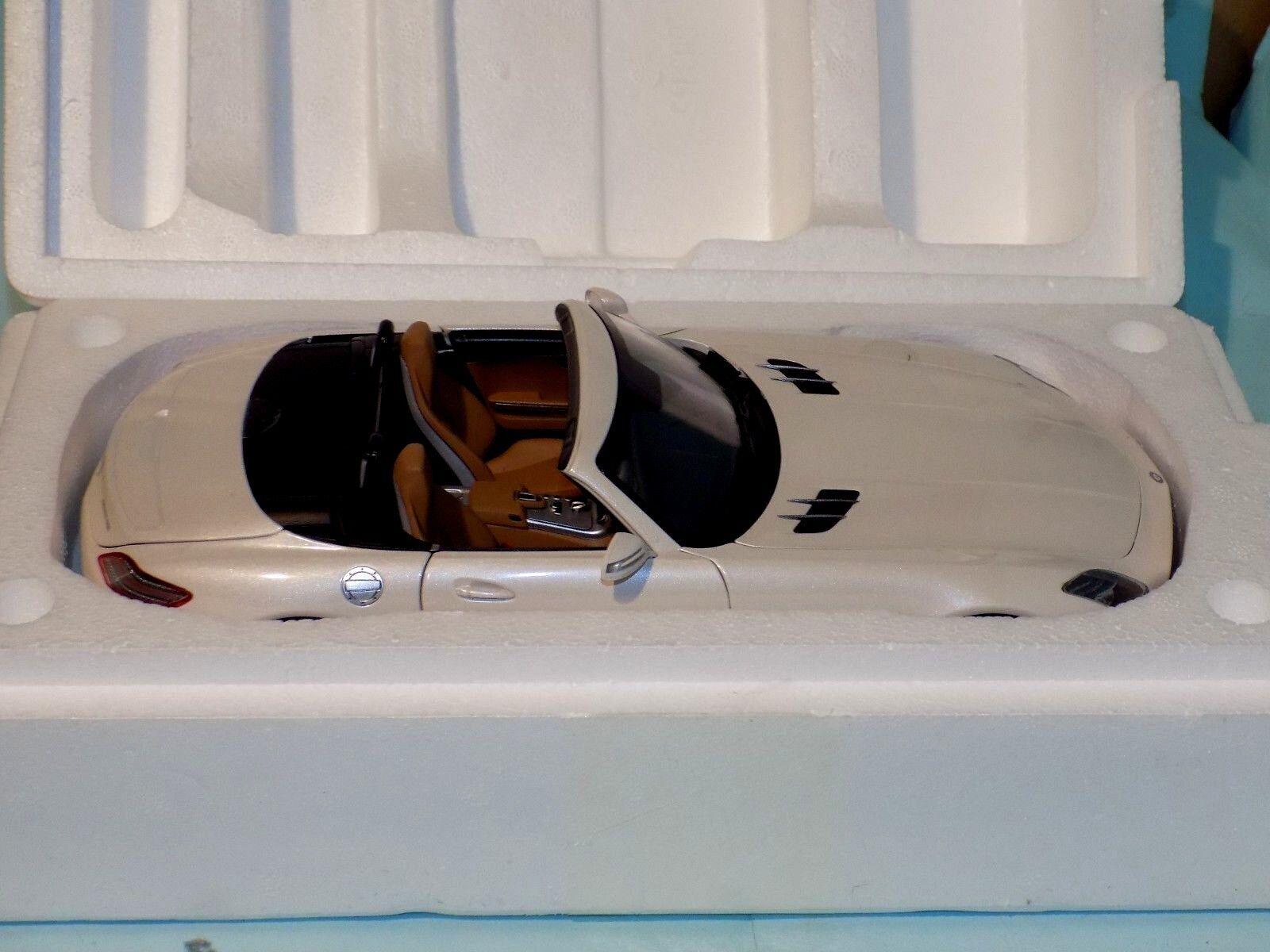 Mercedes-Benz SLS AMG Roadster 2011 metallic white NOREV  183491  1 18