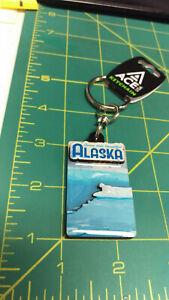 Alaska-KeyChain-Come-Visit-Beautiful-Alaska-Polar-bears-on-ice-1-side-layered