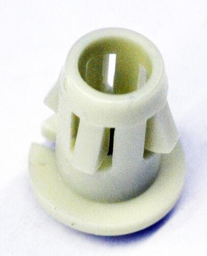 GM OEM Foglight Fog Driving Light Lamp-Fog Lamp Assembly Retainer 11570830