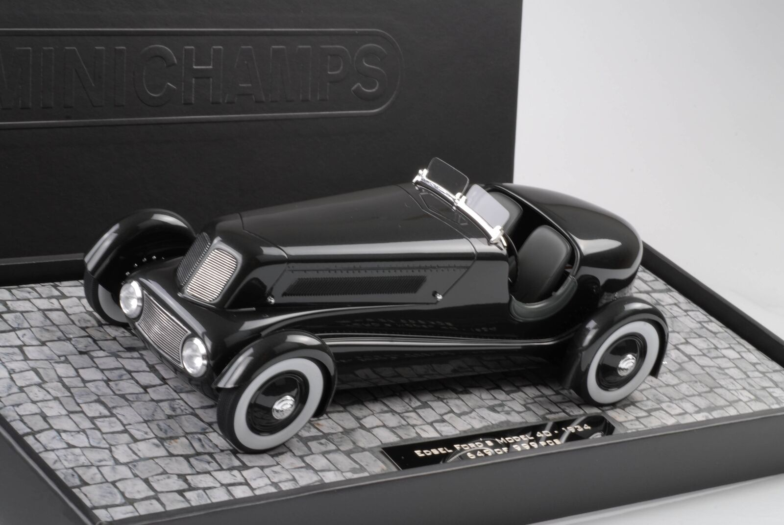 qualità ufficiale FORD EDSEL stradaSTER 1934 Pearl Pearl Pearl Essence gun mettuttiic 1 18 Minichamps resin  vendita outlet