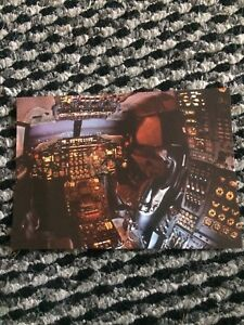 BA-Concorde-Flight-Deck-Aircraft-Postcard