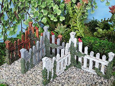 1 Coner Cardinal Picket Fence Miniature Fairy Garden,choose your favorite color
