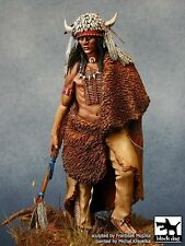 "Black Dog 75mm Native American Siksiká ""Blackfoot"" Warrior with Base F75014"