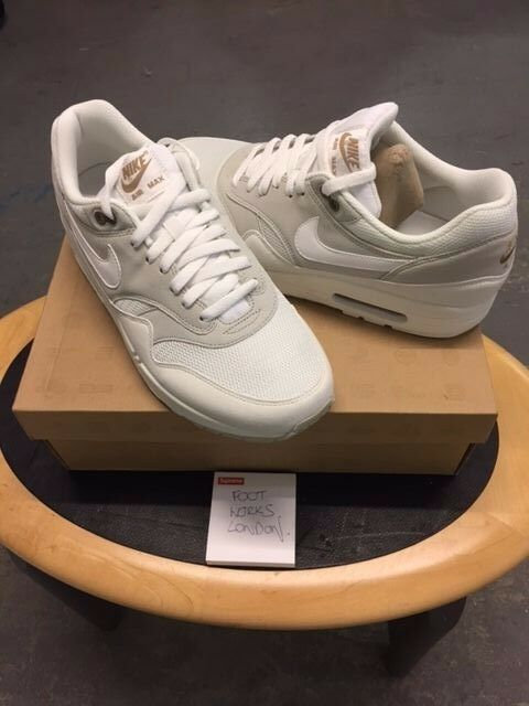 sports shoes 1f2a1 5fc67 Nike Air Max 1 Light Bone Summit 2012 UK 10 USA 11 for sale online   eBay