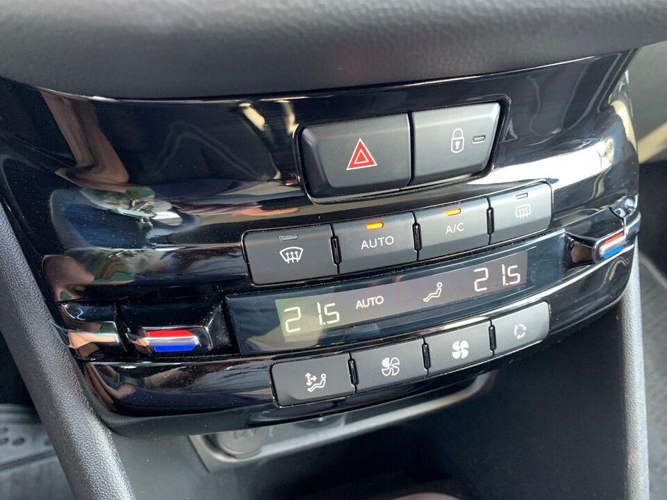 Peugeot 208, 1,6 BlueHDi 100 Strike, Diesel