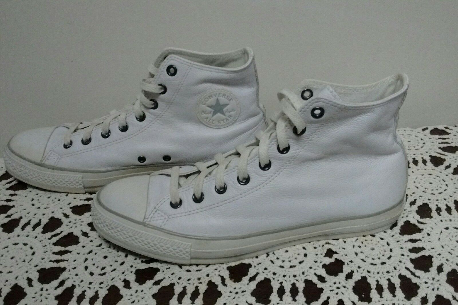 Converse Chuck Taylor All Stars White Leather High Top mens sz 11