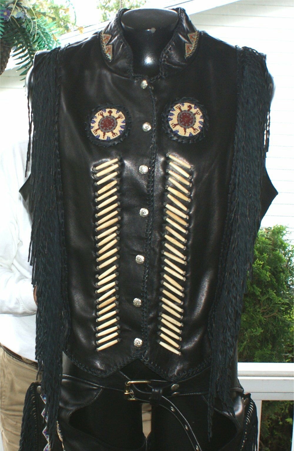 TRIBAL AMERICA BEADED   WOMENS LEATHER MOTORCYCLE  VEST    CHAPS 16 SIZE FRINGE