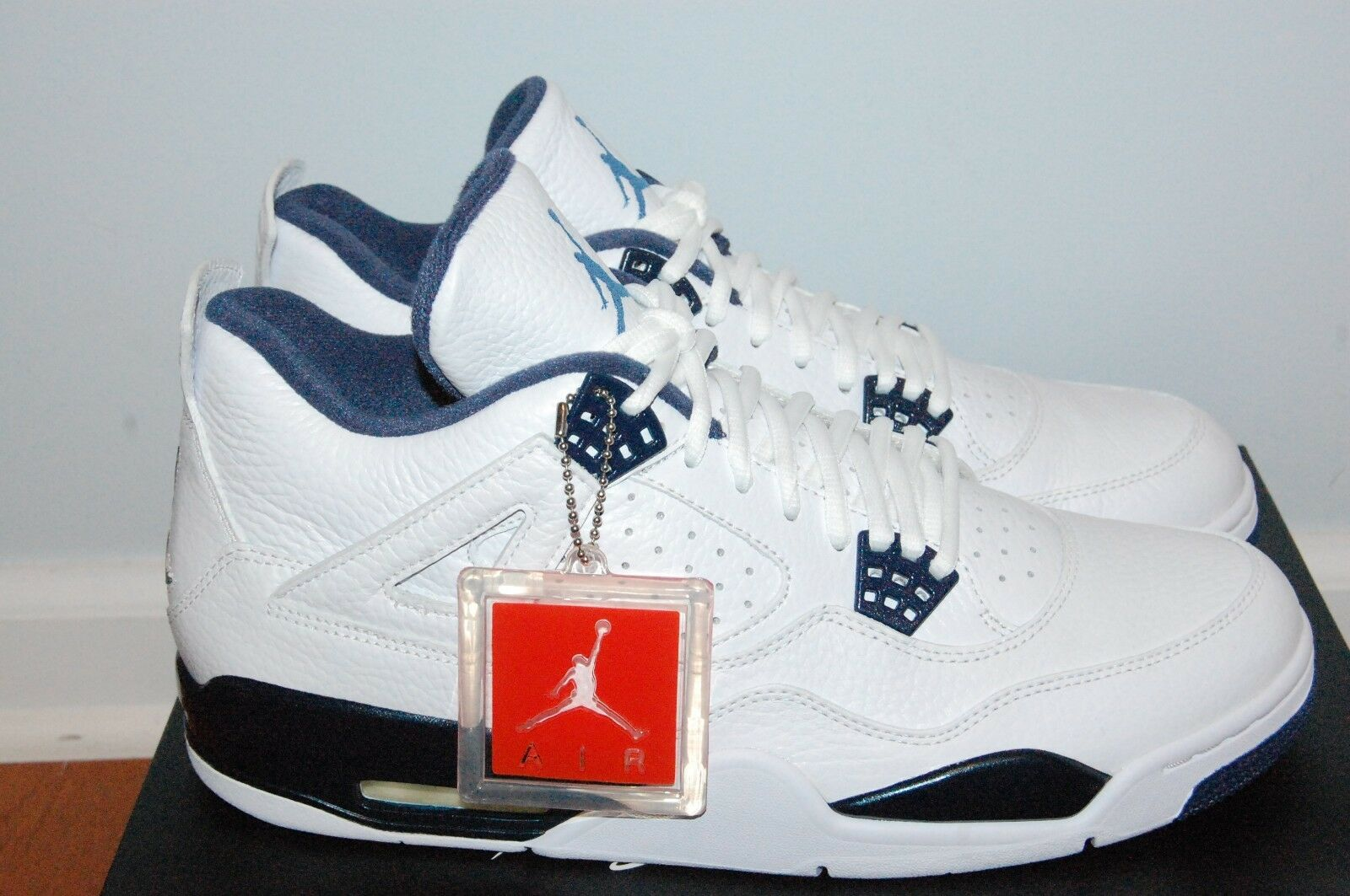 DS Nike Air Jordan Retro 4 Columbia Size 12 White bluee
