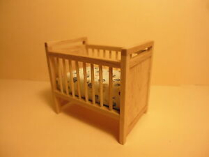 Quality-1-24-scale-Dolls-House-Furniture-Cot-Bed