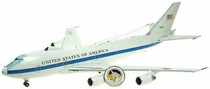 INFLIGHT-200-IFAF1E-4B-1-200-USAF-BOEING-E-4B-73-1676-W-STAND-amp-LTD-EDITION-COIN