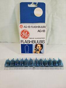 Vintage General Electric AG-1B Flash Bulbs Box of 12 Bulbs