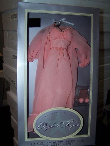 Franklin Mint Elizabeth Taylor elegancia en Melocotón Ensemb