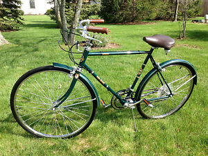 Vintage Free Spirit Greenbriar 10 Speed Mens Shimano Bicycle New