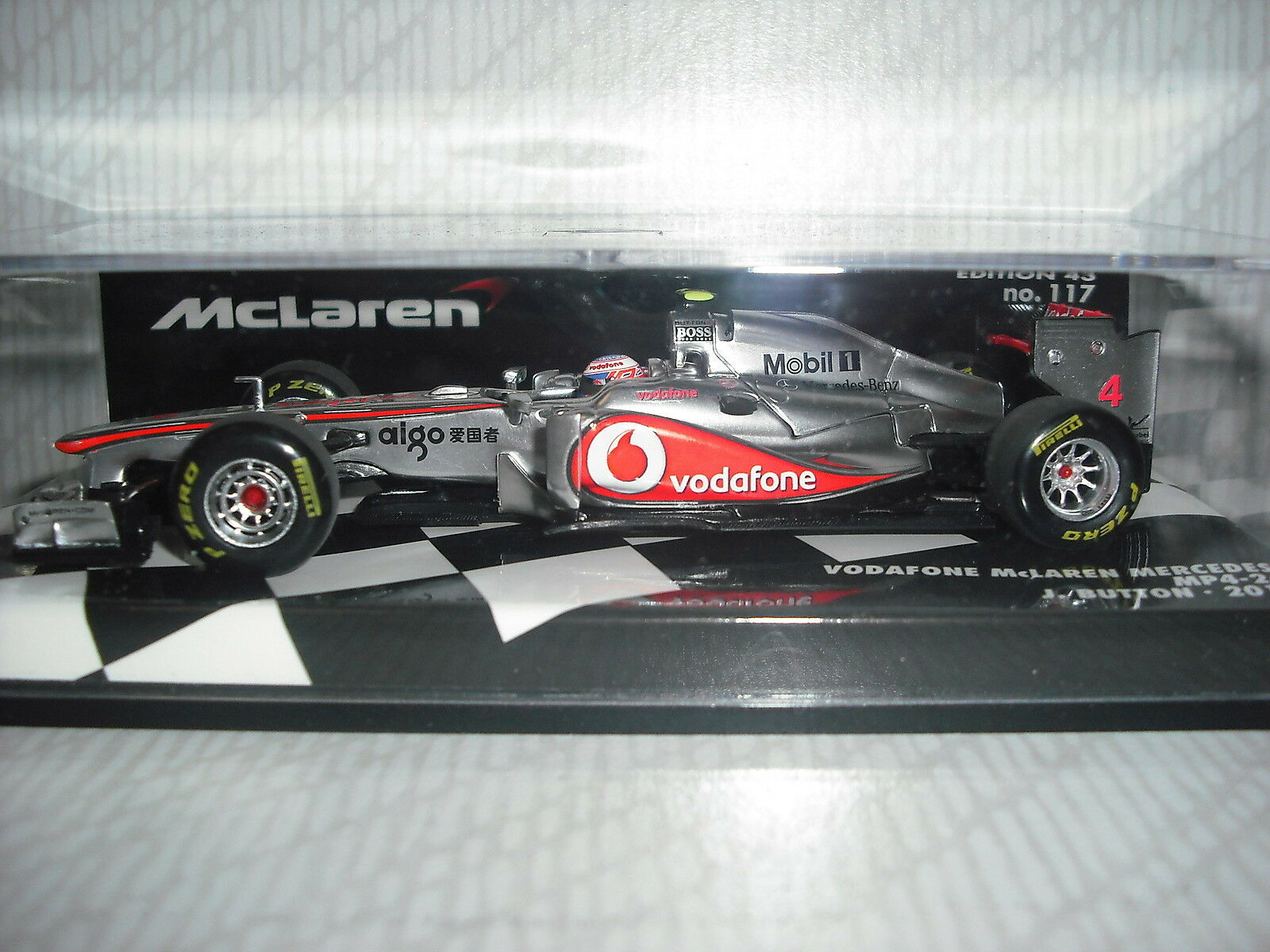 Minichamps  Vodafone McLaren Mercedes MP4-26 J.Button 2011 2011 2011 - 530114304 110496