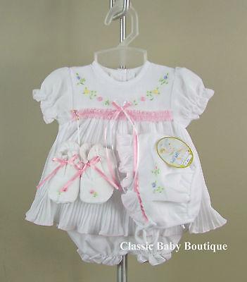 NWT Will/'beth White Pleated Ribbon Dress 4pc Preemie Girls w// bonnet /& booties