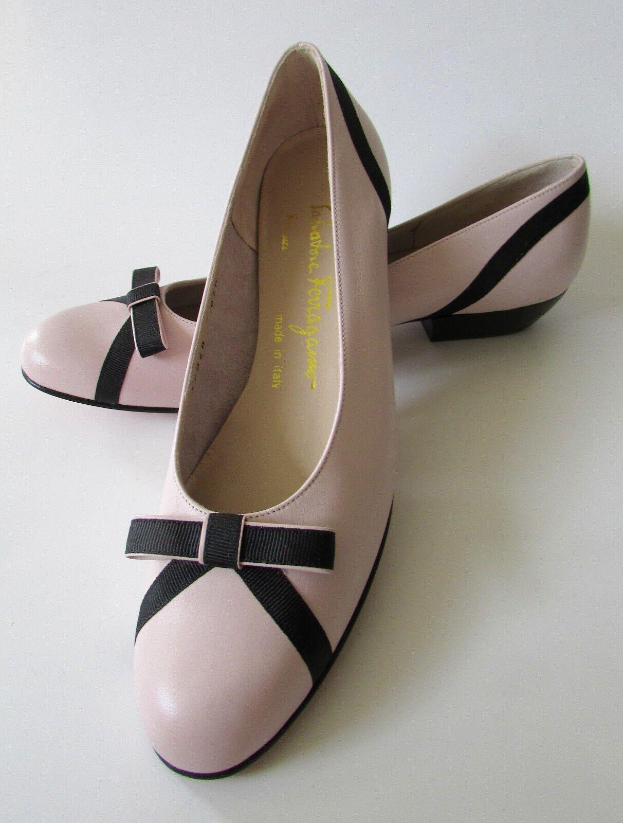 NEW Salvatore Schuhes Ferragamo Blush Pink Grossgrain Bow  Schuhes Salvatore Sz 7 AAAA deb418