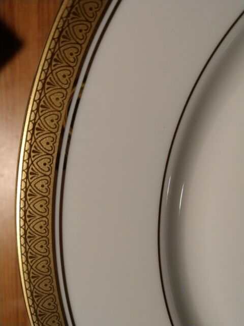 Mikasa Stanton Dinner Plate