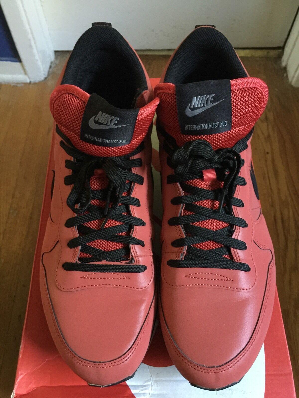 Nike Internationalist Mid Red Reflective