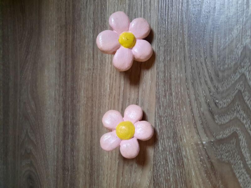 Flower doorknobs