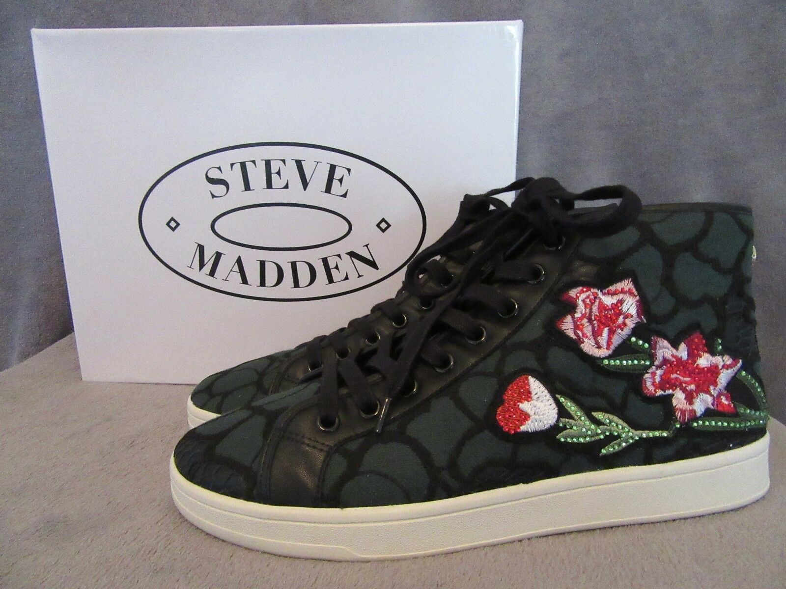 STEVE MADDEN Allie Green Floral Embroidery High Top Sneaker shoes US 9 M NWB