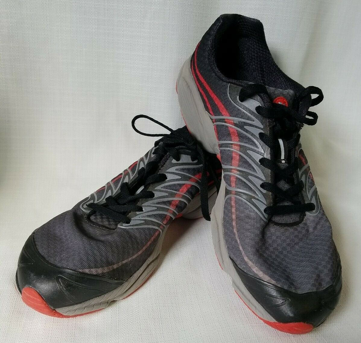 Merrell J01679 Castle Rock Red and Gray Lace Up Trail Running Shoes Mens 10.5