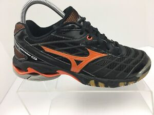 mizuno volleyball shoes in canada sizes