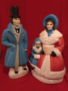 Vtg-CHRISTMAS-CAROLER-DICKENS-Blow-Mold-Outdoor-Lighted-Village-Empire-Man-Woman
