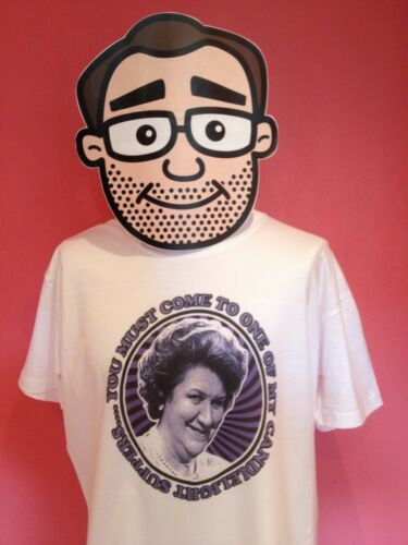 Keeping Up Appearances Patricia Hyacinth Bucket Candlelight Supper T-Shirt