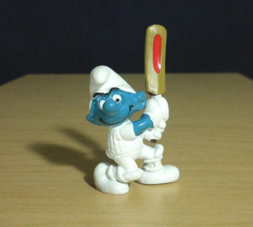 Smurfs 20066 Cricket Smurf Vintage 1980 Figure Schleich Sports PVC Toy Figurine