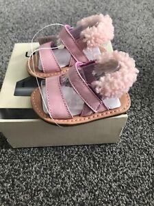 a1c81a369a8 Details about 100% GENUINE UGG AUSTRALIA DORIEN PINK KIDS BABIES SUMMER  SANDALS MEDIUM 4/5 £45
