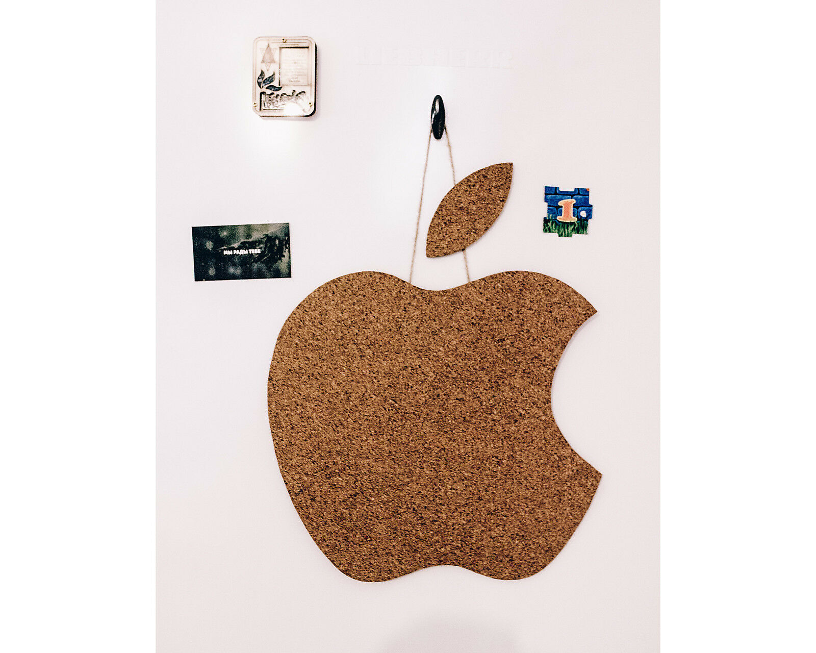 Apple  Cork Memo Notice Board message home office wall pinboard, 7 pins