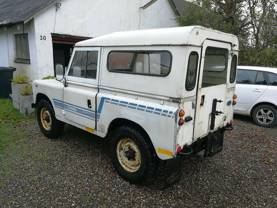 "Land Rover, Serie III, 2,3 D 88"" Pick-up"