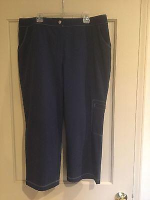 Chico's Weekends Ladies Navy Blue Crop Pants Size 2.                       #1260