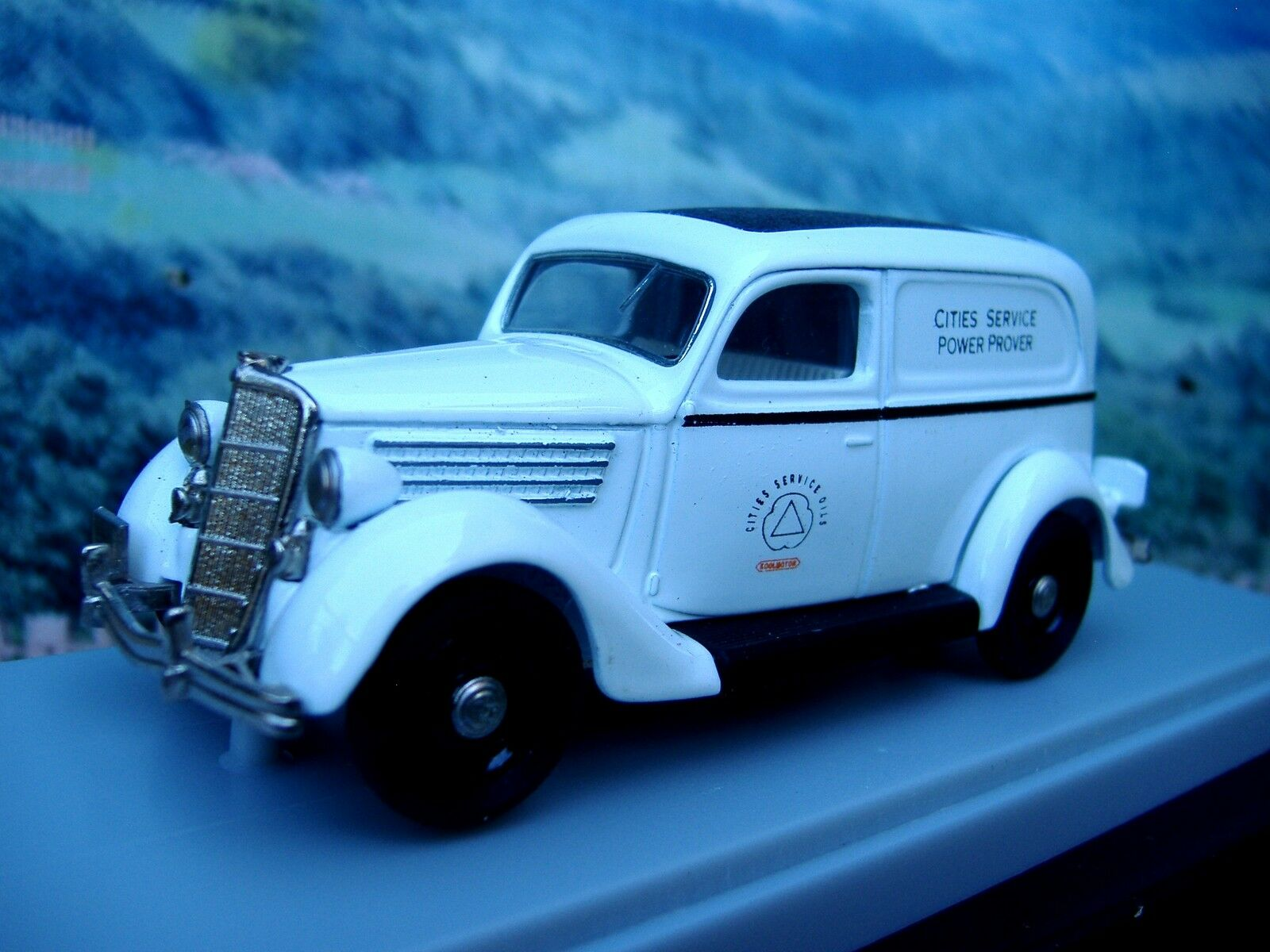 1 43  Rextoys Ford 1935