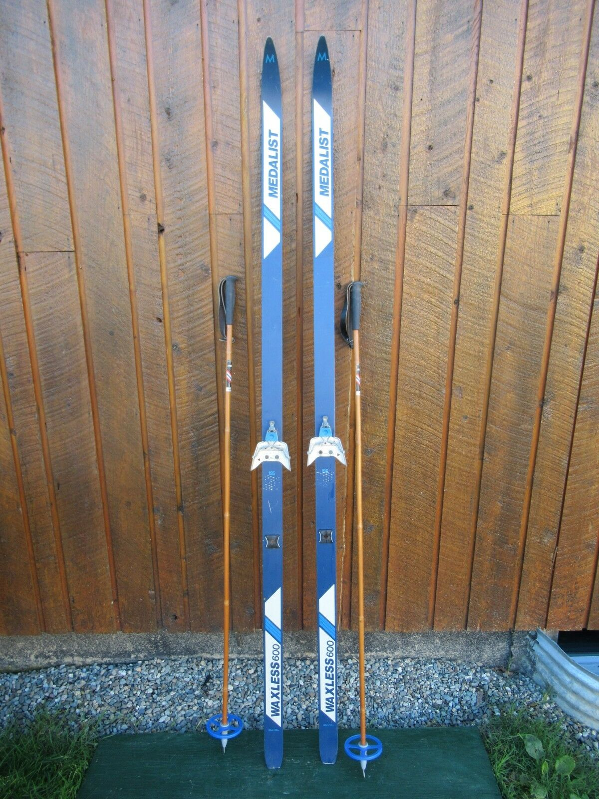 GREAT Ready to Use Cross Country 75  METALIST 195 cm Skis WAXLESS Base +  Poles