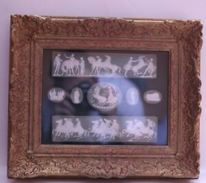 Green-and-white-Pate-sur-Pate-intaglio-Parthenon-Frieze-set-in-swept-gold-frame