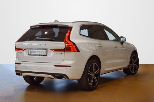Volvo XC60 2,0 D5 235 R-Design aut. AWD - billede 2