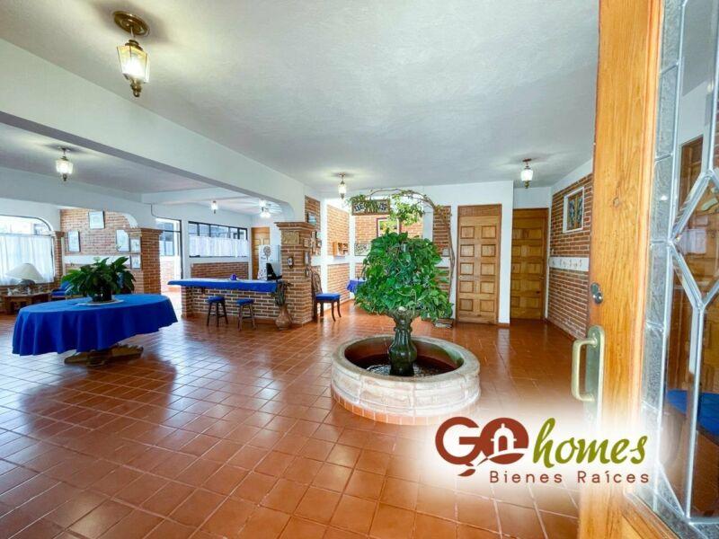 Casa en venta en Tequisquiapan, Fracc. Los Viñedos 1 planta y mucho jardín¡