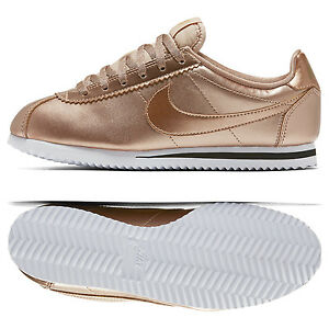 Image is loading Nike-Cortez-SE-GS-859569-901-Metallic-Red-