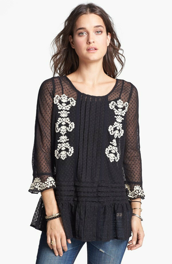 NWT Free People Jocelyn's Embroidery knit top
