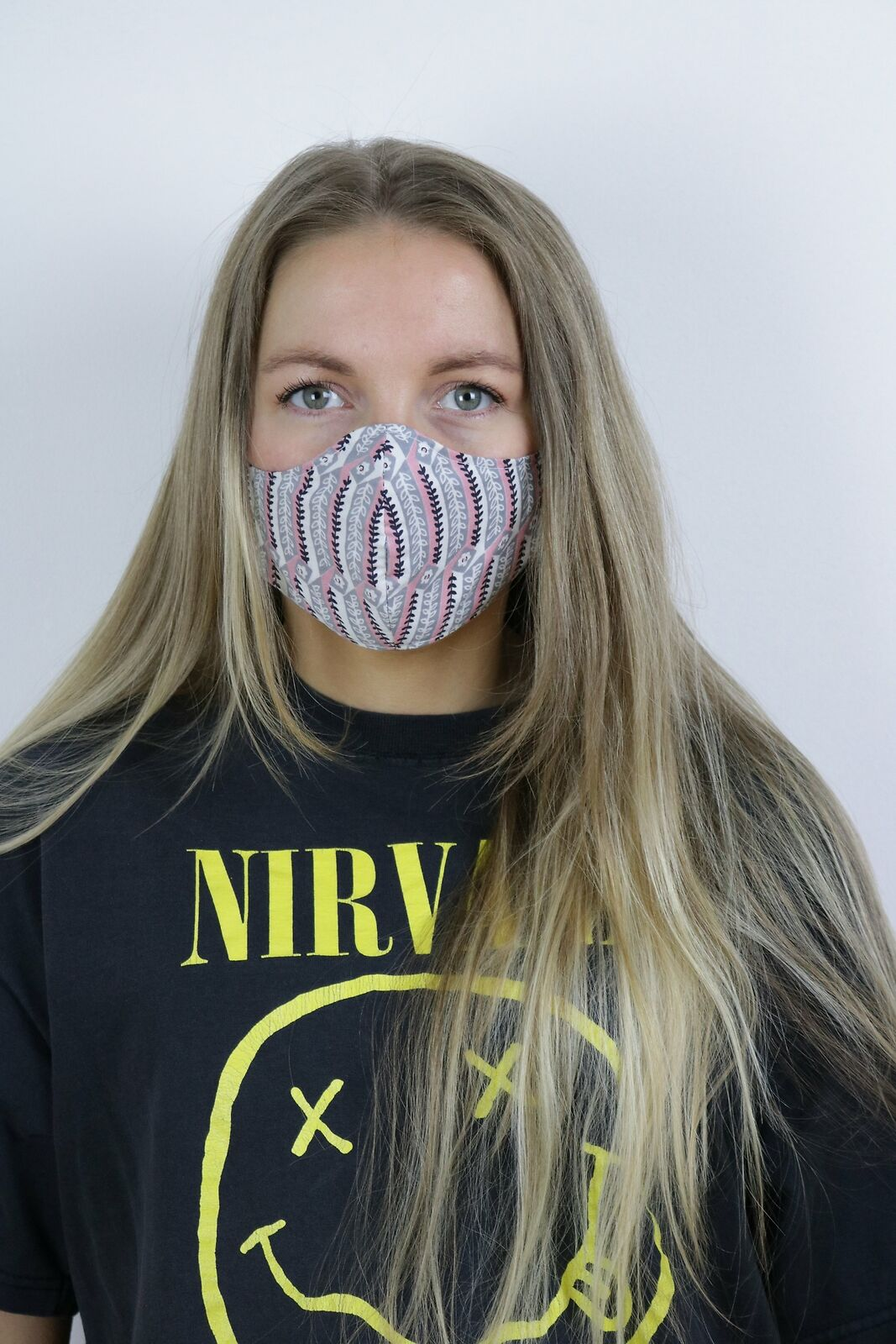 Tigers Eye Sustainable Re-Usable Cotton Face Mask - Daisy Striped