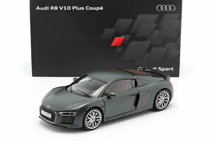 Audi-R8-V10-Plus-Coupe-Camouflage-Matte-Green-1-18-Kyosho