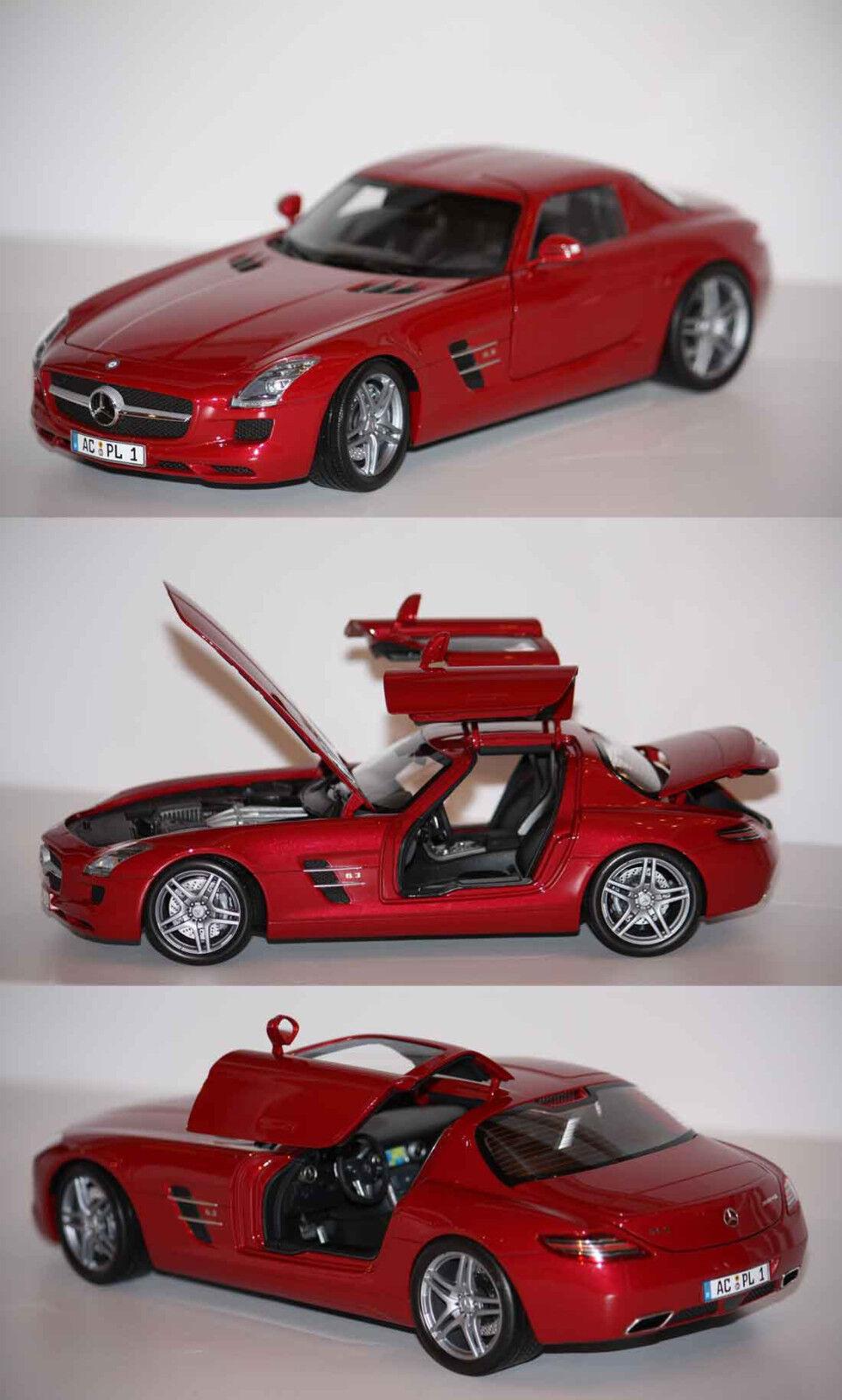 Minichamps Mercedes Benz SLS AMG 2010 Rosso 1 18 100039020 23